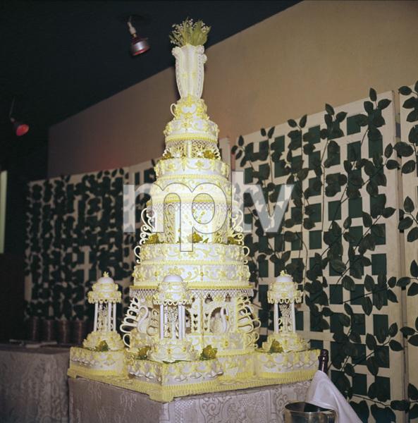 The cake at Sammy Davis Jr.