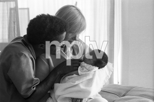 Sammy Davis Jr. with his wife, May Britt, and their daughter, Tracey Davis1961© 1978 Bernie Abramson - Image 0009_2503