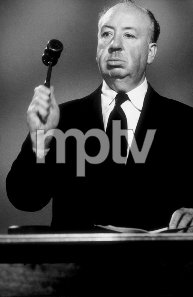 """Alfred Hitchcock on the set of""""Alfred Hitchcock Presents.""""1956/CBS. © 1978 Gene Trindl - Image 0017_0055"""