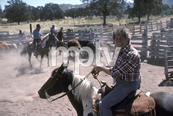 Jack Palance at his ranch near Tehachapi, California1984 © 1984 Gunther - Image 0021_0447
