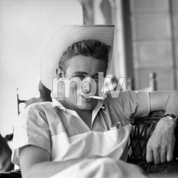 """James Dean on location for """"Giant"""" in Marfa, Texas1955 © 1978 Sid Avery - Image 0024_0019"""