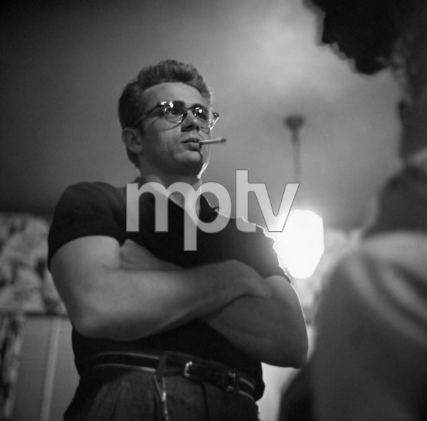 "James Dean on location for ""Giant"" in Marfa, Texas 1955 © 1978 Sid Avery - Image 0024_0031"