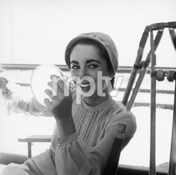 """Elizabeth Taylor on location for """"Giant"""" in Marfa, Texas 1955 © 1978 Sid Avery - Image 0024_0123"""