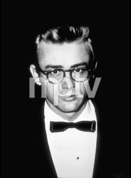 James Dean, 1955 - Image 0024_0316