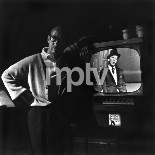 Sammy Cahn backstage during filmingfor ABC Television Special1959 © 1978 Sid Avery - Image 0031_0163