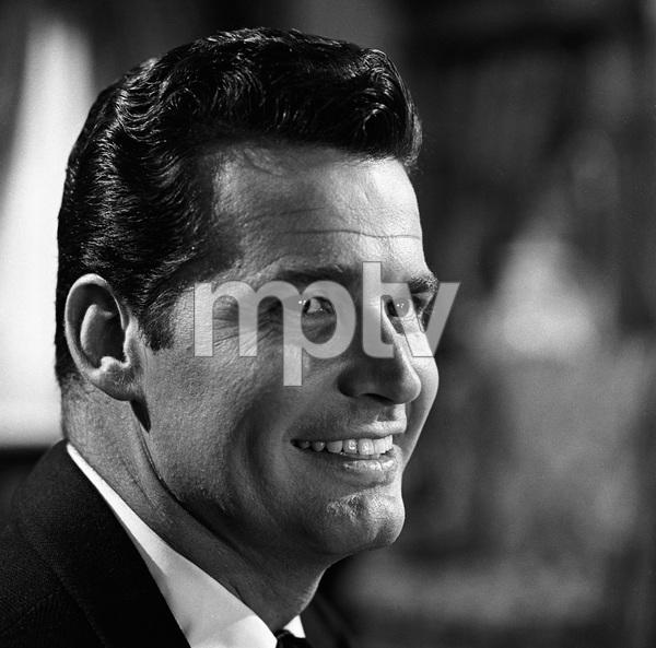 "James Garner on the set of ""Maverick""1958 © 1978 Sid Avery - Image 0037_0796"