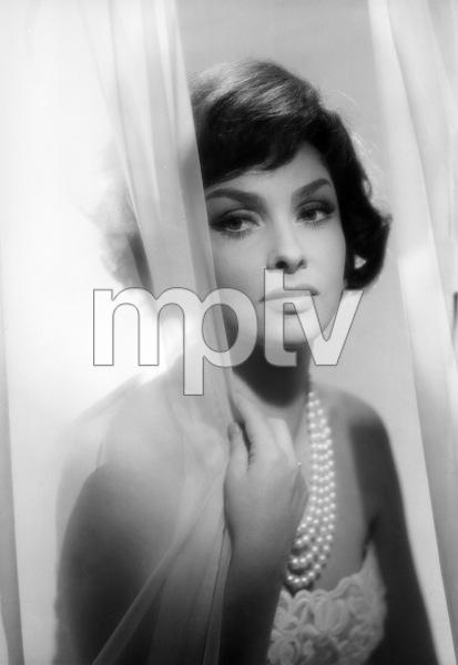 Gina Lollobrigida1959 © 1978 John Engstead - Image 0041_2018
