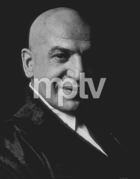 Telly Savalas for a Gillette Razor advertisement, 1975. © 1978 Sid Avery MPTV - Image 0061_0341