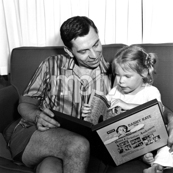 Jack Webb with daughter, 1953. © 1978 Sid Avery 0068-1004 - Image 0068_1004