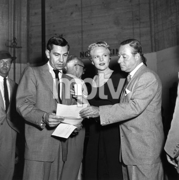 Jack Webb, Peggy Lee, George Jessel At a Cerebal Palsy fundraiser, 1953. © 1978 Sid Avery 0068-1009 - Image 0068_1009
