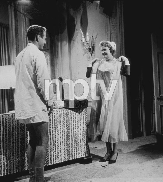 """Paul Newman & Joanne Woodward in """"Rally Round The Flag Boys,"""" 1958. © 1978 Sid Avery - Image 0070_0012"""