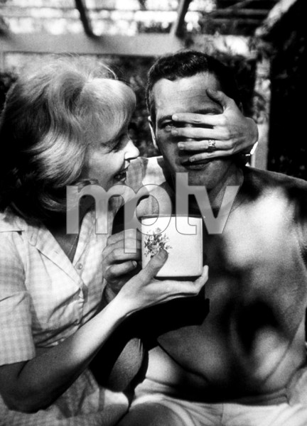 Paul Newman with wife Joanne Woodward,at home, c. 1968. © 1978 David Sutton - Image 0070_2331
