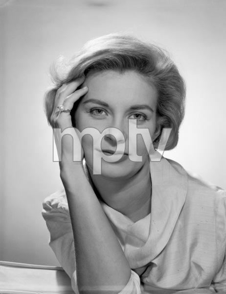 Joanne Woodward1959© 1978 Eric Skipsey - Image 0070_2453