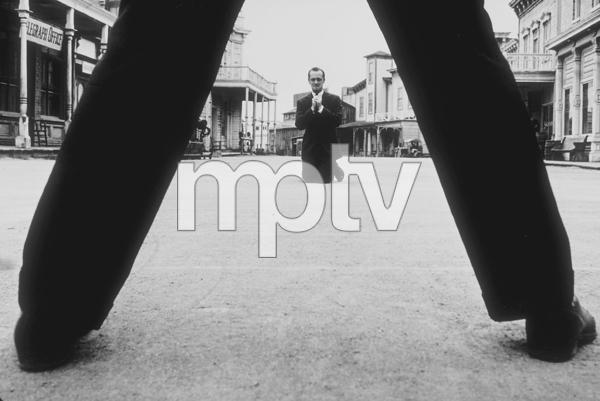Bob Newhart enacting his gunfighter routine at Paramount Studios, 1961. © 1978 Sid Avery MPTV - Image 0092_0003