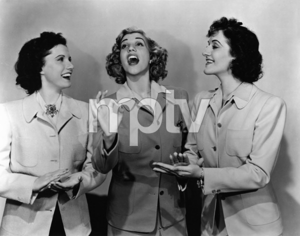 The Andrews SistersPatty, LaVerne and MaxeneC. 1943 - Image 0101_0201