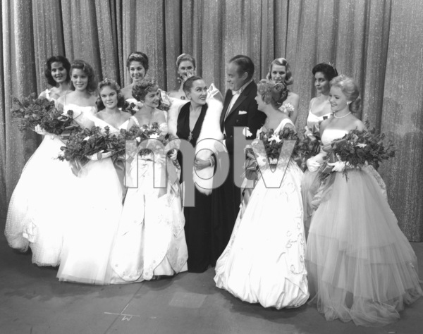 Bob Hope with Gloria Swanson, Tuesday Weld,and other beauties, c. 1958.**I.V. - Image 0173_0549