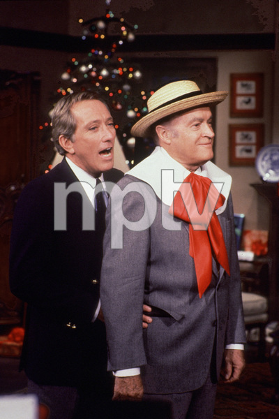 "Bob Hope with Andy Williams in the""Andy Williams Show,"" c. 1969.**I.V. - Image 0173_0580"