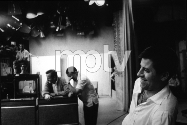 Jerry Lewis rehearsal for NBC TV Show, 1960 Photo: Ernest Reshovsky © 1978 Marc Reshovsky - Image 0292_0515
