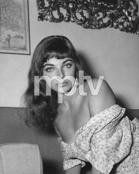 Joan Collins1955Photo by Bert Six - Image 0299_0022