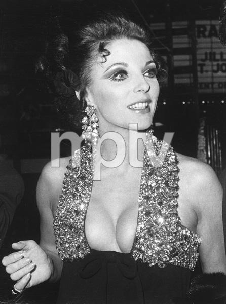Joan Collins1967 - Image 0299_0063