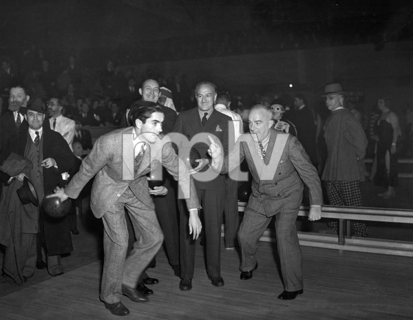 Tyrone Power bowling, early 40