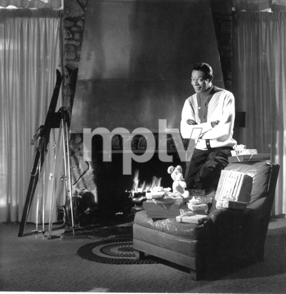 """Nat King Cole""""Christmas Song"""" album cover session1945 - Image 0321_0081"""