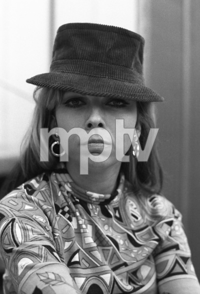 Nancy Sinatra at a Reprise Records recording session1966© 1978 Ed Thrasher - Image 0336_0204
