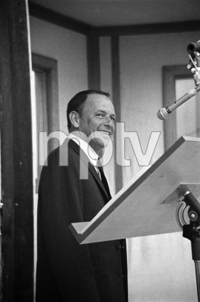 Frank Sinatra at a recording session1964 © 1978 David Sutton - Image 0337_0086