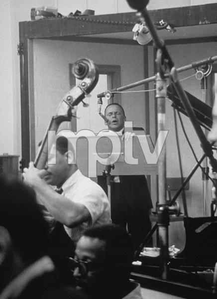 Frank Sinatra at a recording 1964 © 1978 David Sutton - Image 0337_0567