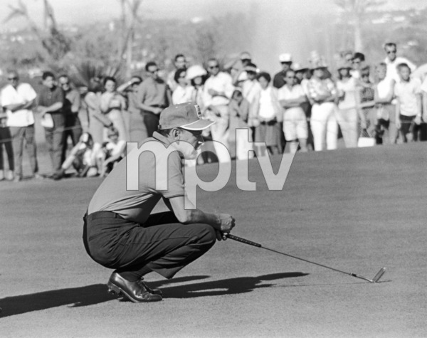 Frank Sinatra at a golf tournament1964 © 1978 David Sutton - Image 0337_0612