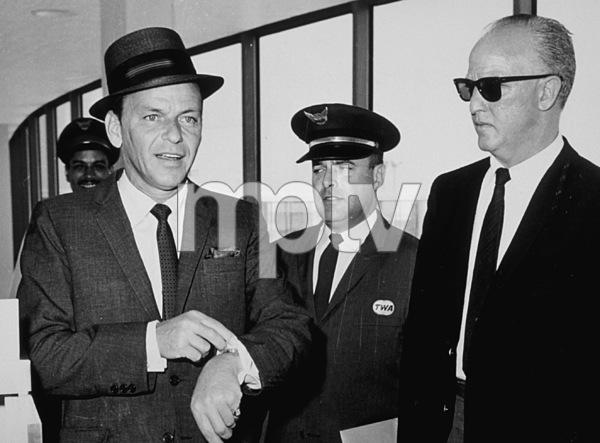 Frank Sinatrac. 1964 - Image 0337_0739