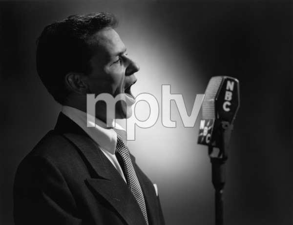 Frank Sinatracirca 1945 © 1978 Paul Hesse - Image 0337_1000