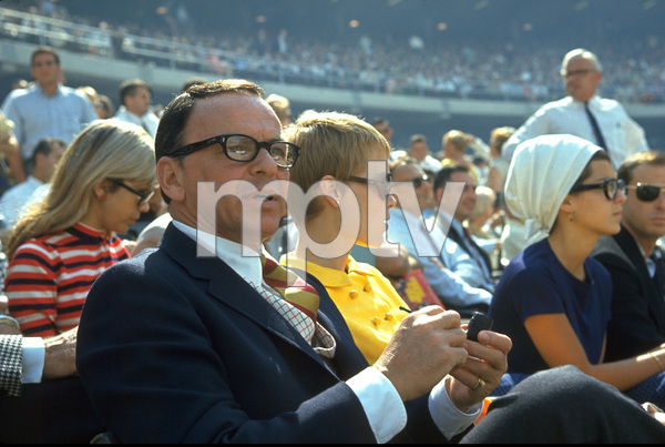 Frank Sinatra, Mia Farrow and Nancy Sinatra (In Background) / 1967 © 1978 Gunther - Image 0337_1157