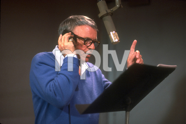 "Frank Sinatra at the Reprise recording session of ""L.A. Is My Lady"" / A&R Studios, New York / 1984 © 1984 Ed Thrasher - Image 0337_1981"