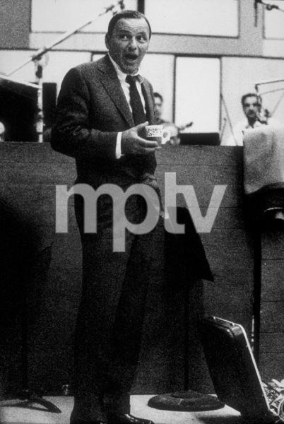 Frank Sinatra at a Repriserecording session / 1968 © 1978 Ed Thrasher - Image 0337_2034