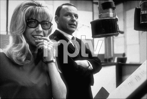 Frank Sinatra with daughter Nancy at a recording session / Feb. 1967 © 1978 Ed Thrasher - Image 0337_2079