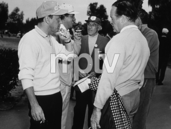 Frank Sinatra, Dean Martin and Bob Hope at a golf tournament 1963 Photo by Lester Nehamkin ** G.L. - Image 0337_2195