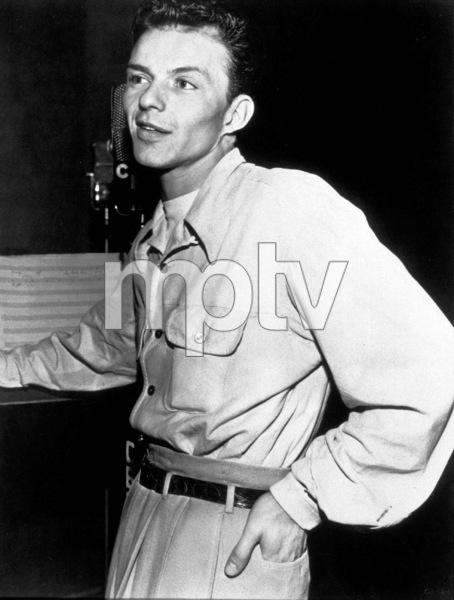 Frank Sinatra, c. 1945 - Image 0337_2287