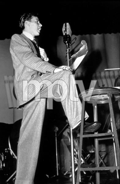 Frank SinatraCBS rehearsal, c. 1944 - Image 0337_2293
