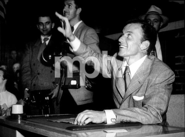 Frank Sinatra, c. 1945 - Image 0337_2294