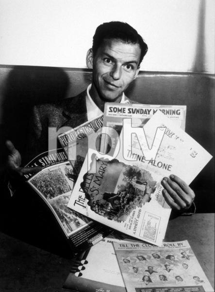 Frank Sinatra, c. 1947 - Image 0337_2306
