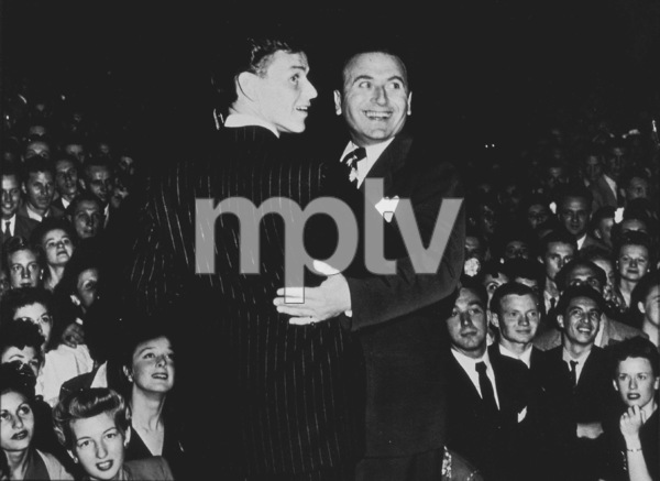 Frank Sinatra, c. 1945 - Image 0337_2313