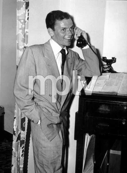 Frank Sinatra at theWaldorf Astoria, 1949 - Image 0337_2314