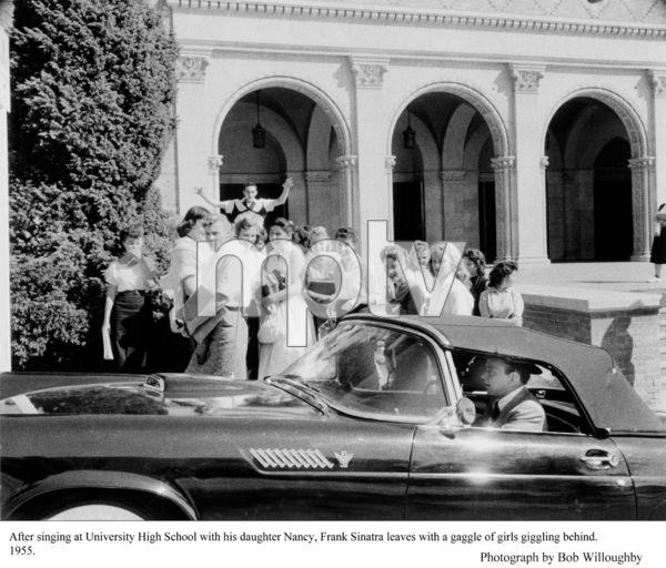 Frank Sinatra leaving Nancy Sinatra