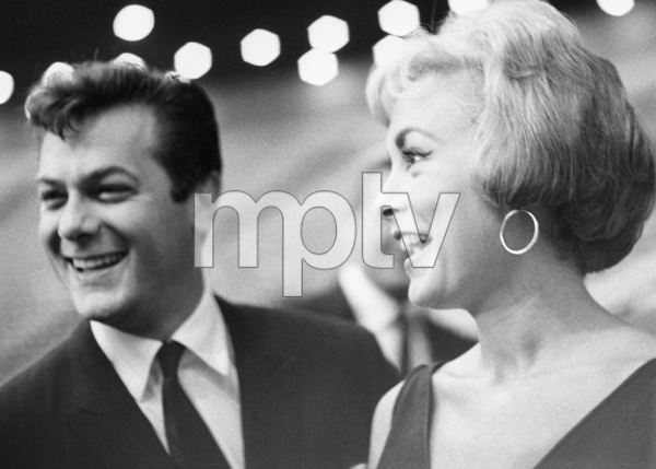 Tony Curtis and Janet Leigh at an event surrounding the Democratic National Convention1960 © 1978 Bernie Abramson - Image 0337_2488