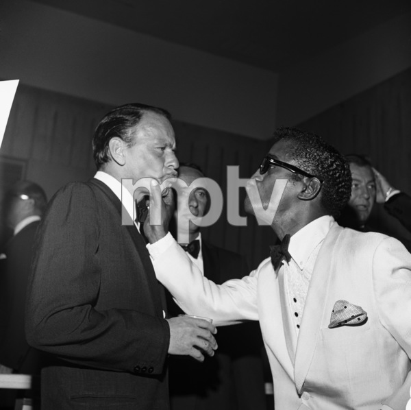 Frank Sinatra, Joey Bishop and Sammy Davis Jr. at the Beverly Hilton for a Cedars-Sinai event07-08-1961** I.V. - Image 0337_2499