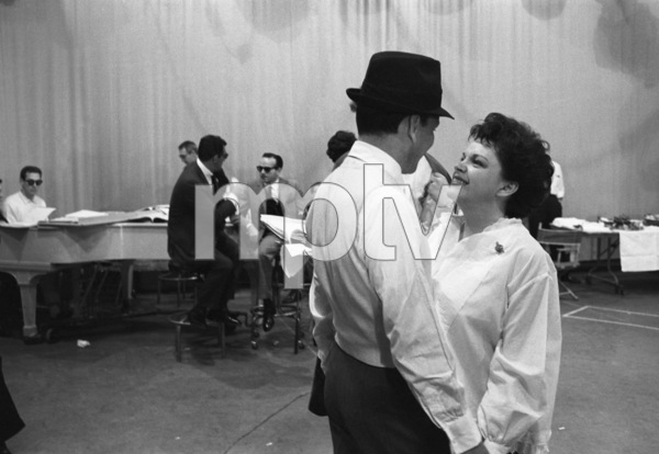 """The Judy Garland Show""Judy Garland, Frank Sinatra 1962 © 1978 Bob Willoughby  - Image 0337_2615"