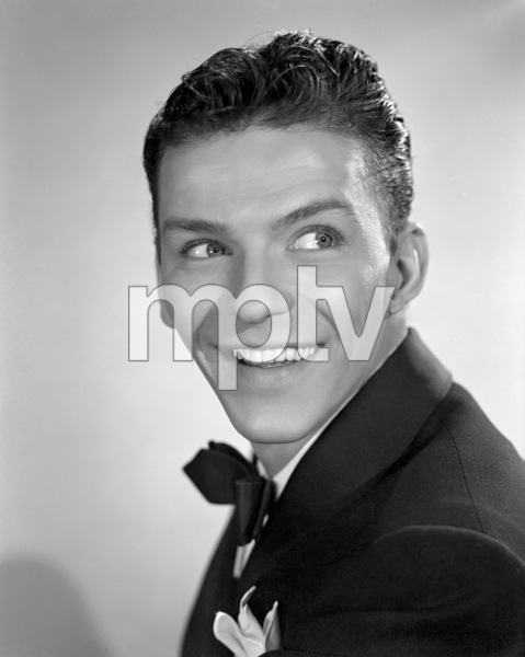 Frank Sinatracirca 1940s** I.V. / M.T. - Image 0337_2679
