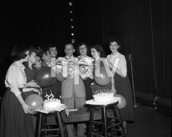 Frank Sinatra on his 32nd birthday1947© 1978 Barry Kramer - Image 0337_2847