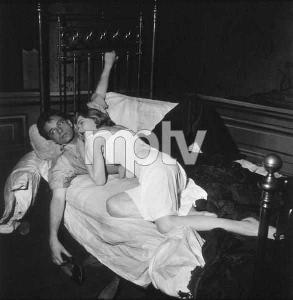 Richard Burton, Dorothy McGuire1957Copyright John Swope Trust / MPTV - Image 0406_0519